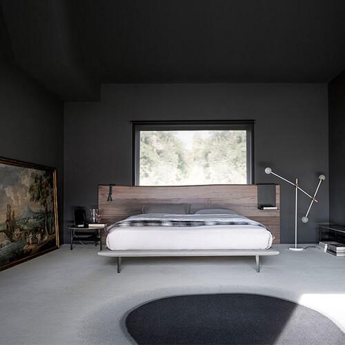 testiera legno con letto master a
